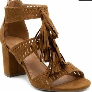 ::⚜️HP!!⚜️Tassel Open Toe Dress Shoe Heeled Sandal